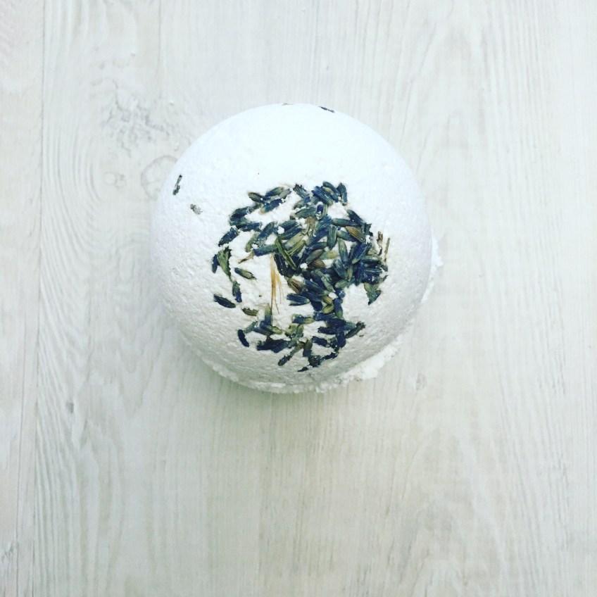 DIY All Natural Lavender Bath Bomb Recipe