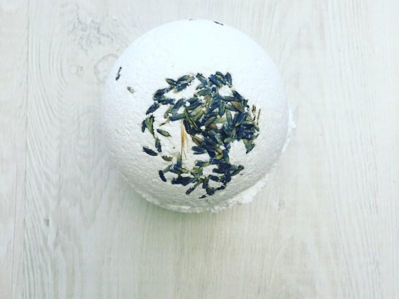 DIY Natural Bath Bomb Recipe