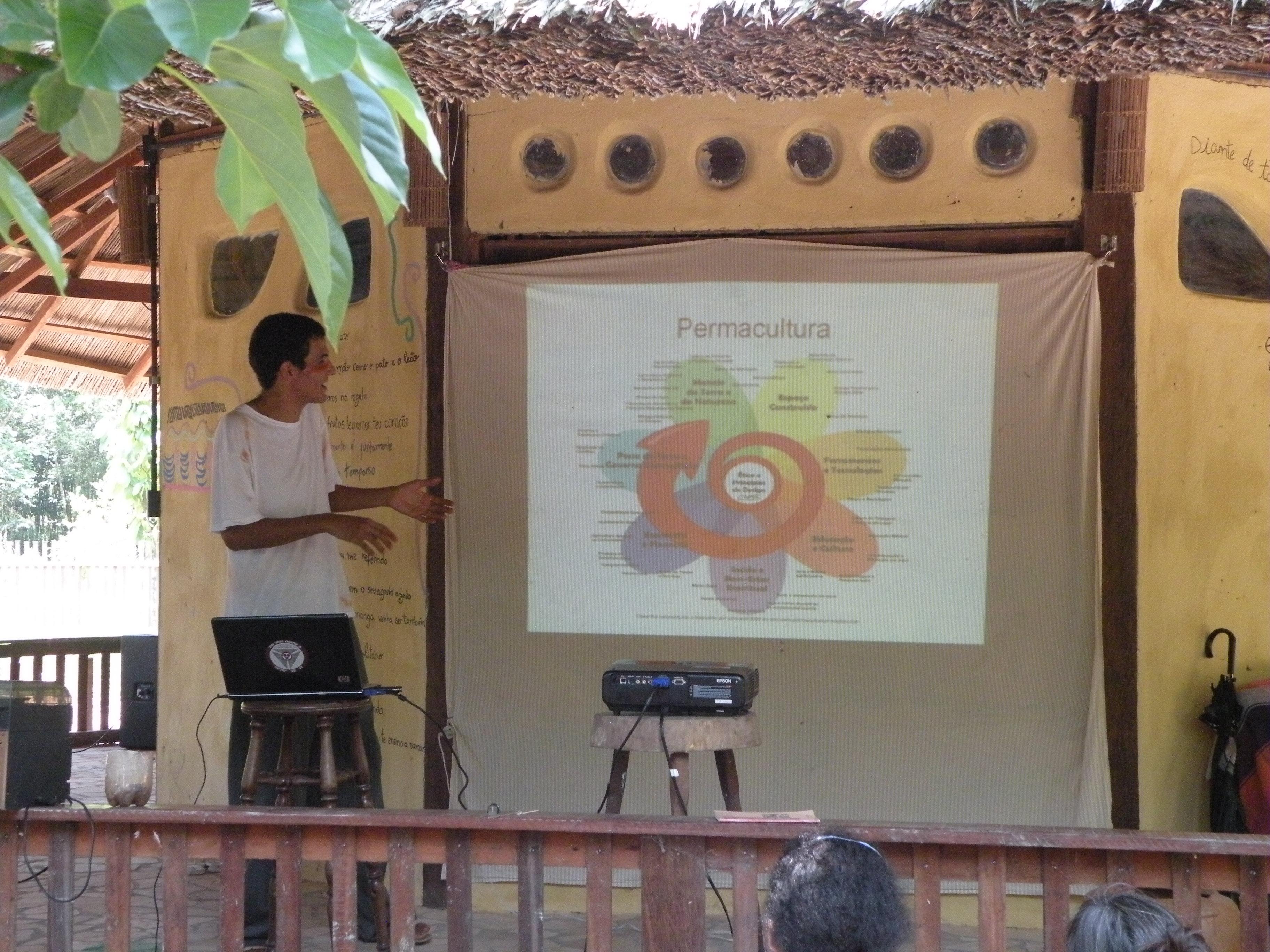 Nando falando sobre os principios éticos da permacultura