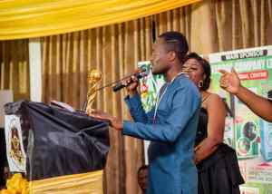 Sammy Kay Beat Nkonkonsah, Ronnie Is Everywhere And Zionfelix To Win Best Blogger Of The Year Award - [Watch Video]. 10