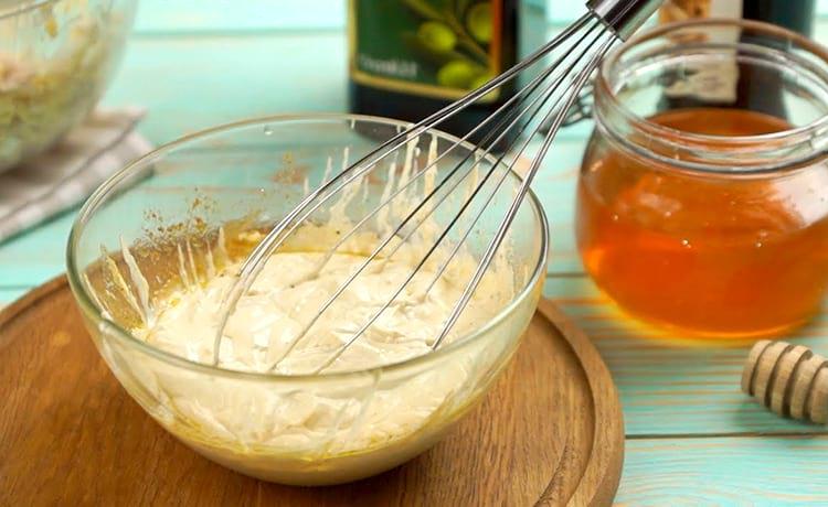 Salsa de Maisonis en crema agria con mostaza