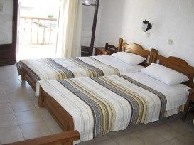 villa-agios-konstantinos-room4