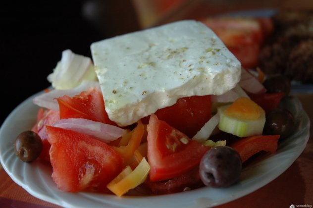 Greek salad, Anemoussa, Manolates