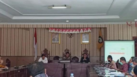 Dewan Gelar RDP Dengan PT SJIM Terkait Jalan Tanah Mas