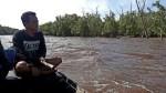 Begini Resiko Warga Lempuyang Pencari Kerang, Harus Bertaruh Nyawa Di Wilayah Habitat Buaya