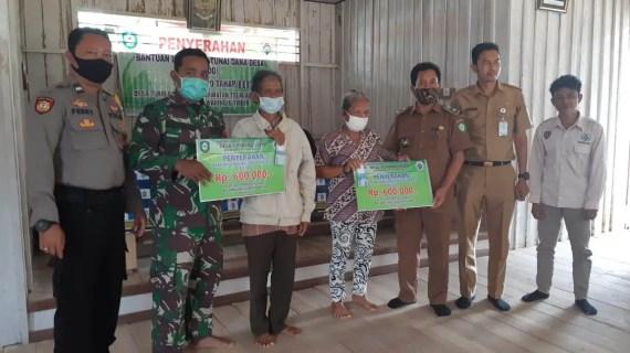 Polsek Antang Kalang Sosialisasikan Prokes di Desa Tumbang Puan Km 48