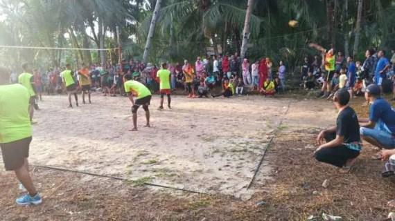 Pertandingan Bola Voli Satgas TMMD Terus Bergulir