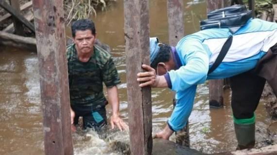 Demi Kemanunggalan, TNI dan Warga Tak Gentar Hadapi Ganasnya Buaya Muara di Kotim