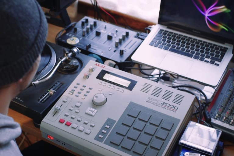 Someone with a MPC on their desk
