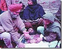 सेकुलर गद्दारों द्वारा चलाए गए हिन्दू मिटाओ- हिन्दू भगाओ अभियान की सफलता के परिमामस्वारूप घाटी से विस्थापित हुए हिन्दुओं के 23वें विस्थापन दिवस 19 जनवरी 2012 पर …..जनरल VK Singh ji बचा सकते हो तो बचा लो हमें व हमारे देश को इस लुटेरे,गद्दार, हिन्दूविरोधी-भारतविरोधी सेकुलर गिरोह से….Please…. (2/6)