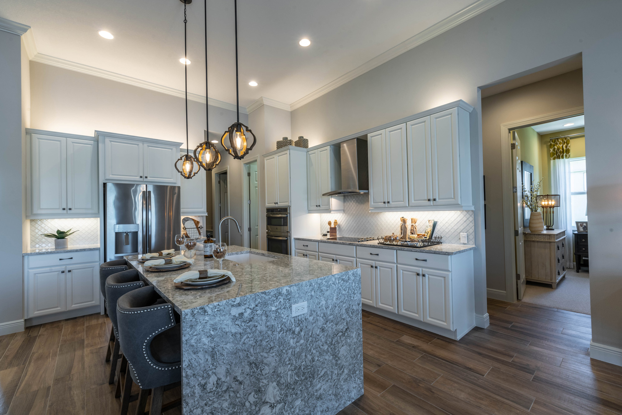 Top Custom Upgrades for Modern Luxury Kitchens - Sam ... on Modern Kitchens  id=67875