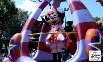 Festival of Fantasy Parade, Magic Kingdom. Parade ending without Mickey/Minnie Hot Air Balloon Float