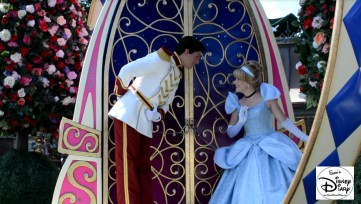 Where is the best place to take a picture of Cinderella? In front of the castle during the parade, of course!