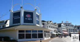The façade for the ESPN Club plays into the Luna Park swimming pool theme, do you know how?