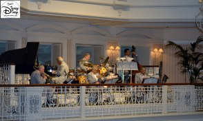 The Grand Floridian, a wonderful place to spend a day…. even listening to the Jazz band while your table is prepared.