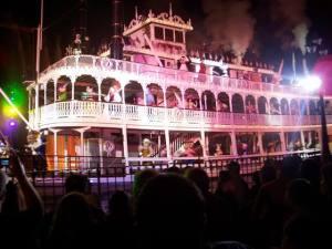 SamsDisneyDiary Episode #9 - Disneyland Fantasmic