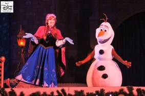 Sams Disney Diary #65 - Anna and the new Talking Olaf as they appeared during the 2015 Frozen Holiday Wish