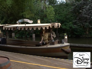 Sams Disney Diary Episode #66 - Each boat is decorated with a Holiday Overlay..