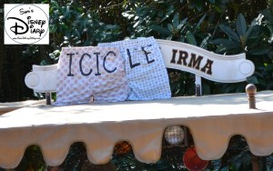 Sams Disney Diary Episode #66 - Each boat has a new name - Icicle Irma