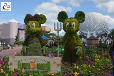 Epcot Flower and Garden Festival - Mickey and Minnie Topiary 2015