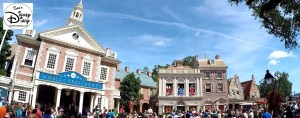 SamsDisneyDiary Episode #75 - The Muppets present Great Moments in American History. The Show takes place in liberty square, best viewing is between the Ol Christmas shop and the liberty tree