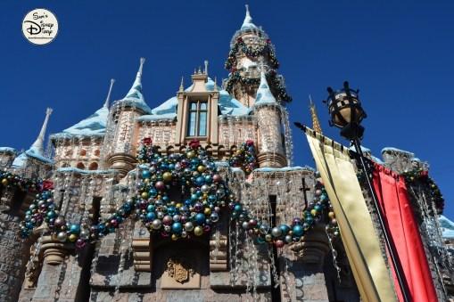 SamsDisneyDiary 82: Disneyland Christmas Fantasy Parade