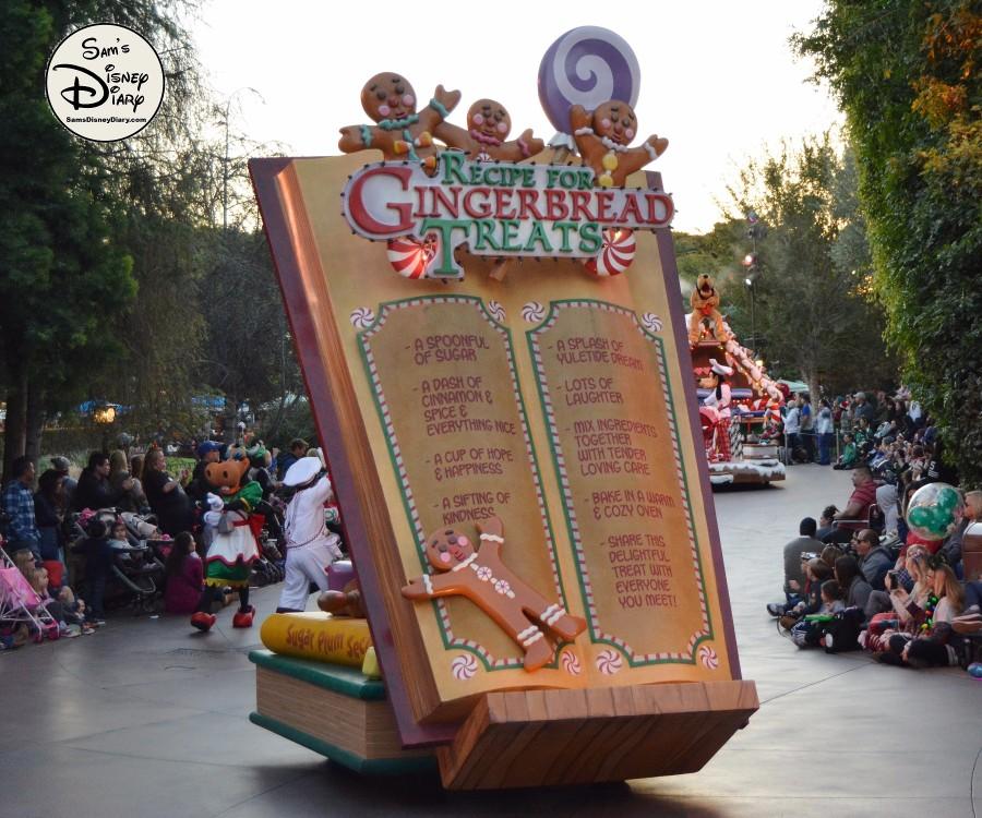 Sdd82 12days7 Disneyland Christmas Fantasy Parade 34