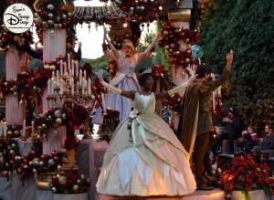 SamsDisneyDiary 82: Disneyland Christmas Fantasy Parade - Cinderella an Tiana