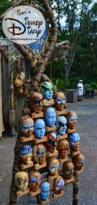 Color of mo'ara, merchandise location, features Na'vi inspired Face Painting