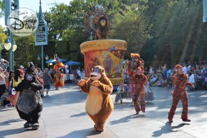 Simba's Beastly Beats is the next parade unity in the Mickey Soundsational parade