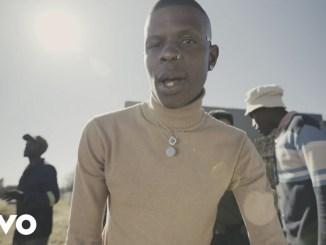 Aubrey Qwana – Uhamba Nobani Ft. Sho Madjozi(Official Video)