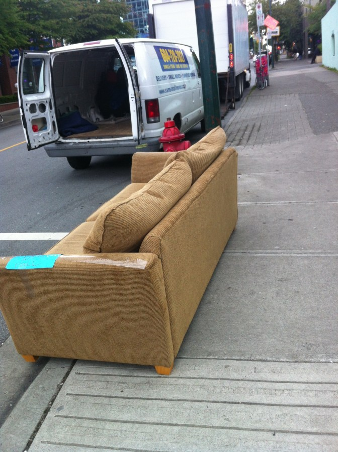 Donate a Couch - Donating a Couch - Donation Pick-up / Drop-off | Downtown Vancouver