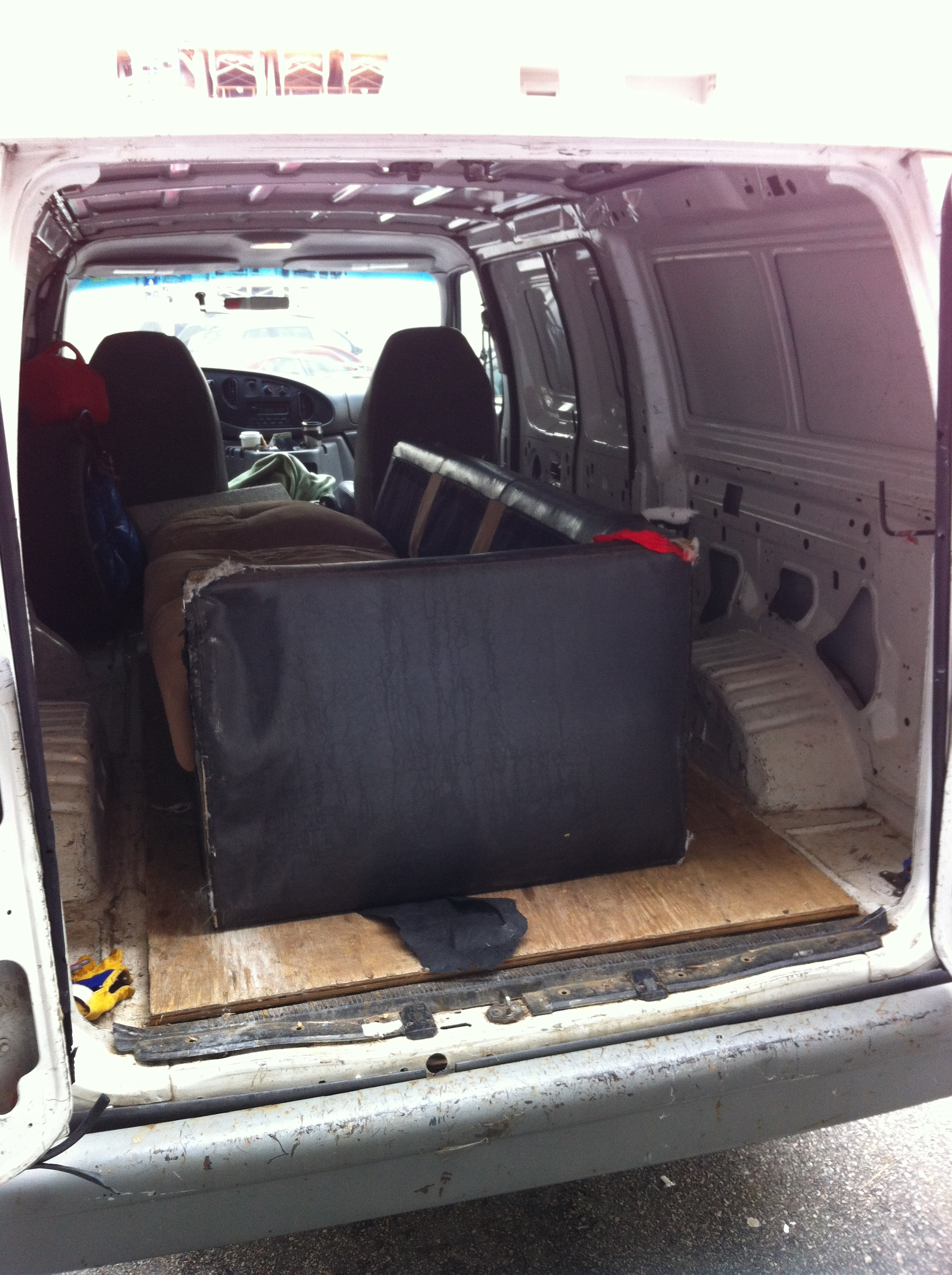 Couch Removal And Disposal East Vancouver Sams Small Moves - Sofa disposal