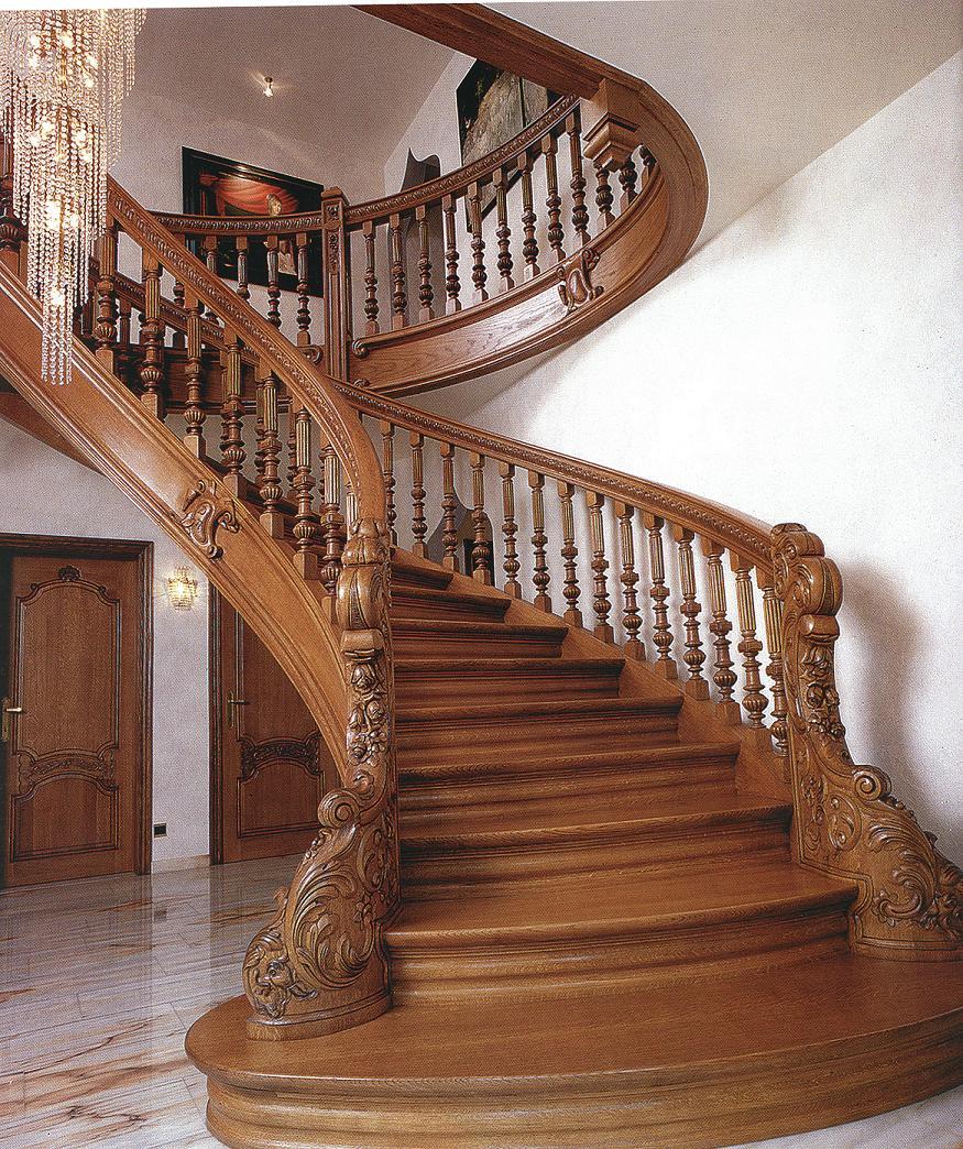 cualquier casa privada por encima de un piso incluye escalera a la buhardilla o segundo piso hay diferentes tipos de escaleras