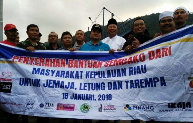100 Paket Sembako Dari Organisasi Kepri Peduli Diterima Langsung Bupati Anambas, SamuderaKepri
