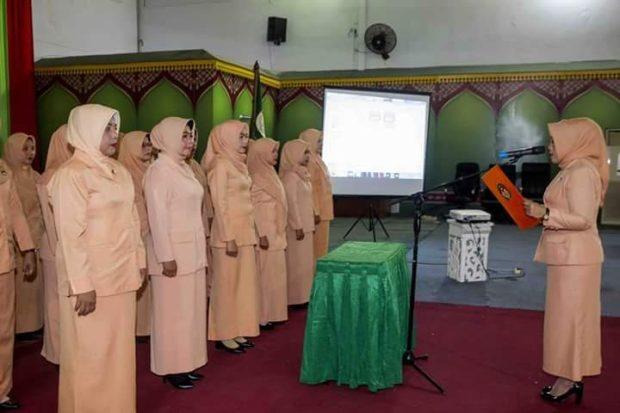, Pengukuhan Pengurus Dharmawanita Persatuan Kabupaten Kepulauan Anambas Masa Bhakti 2014 – 2019, SamuderaKepri