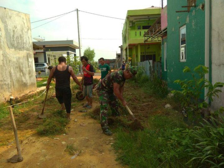 Babinsa Baloi Indah Melaksanakan Goro Bersama Warga Masyarakat, SamuderaKepri