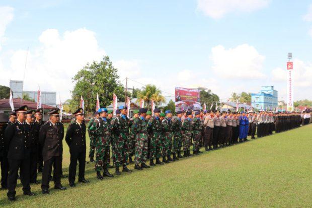 Polres Lingga Gelar Upacara Peringatan HUT Bhayangkara Ke-73 di Lapangan Merdeka Dabo Singkep