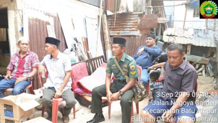 Sertu Imam Muddin Turut Melayat Dan Melaksanakan Prosesi Pemakaman Warga, SamuderaKepri