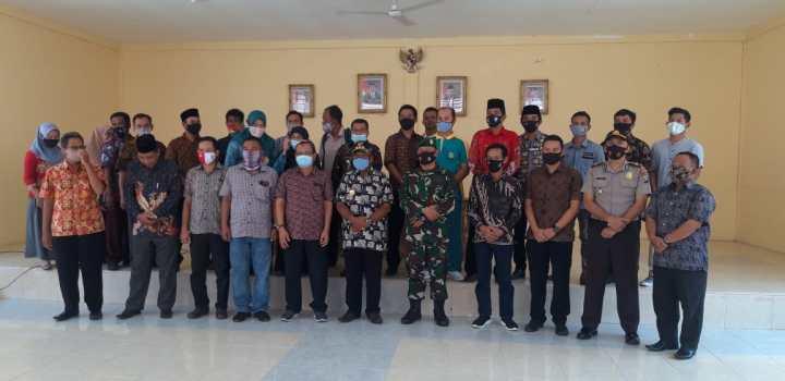 Ciptakan Pemilu Damai, Pjs Bupati Anambas Kunjungi Kecamatan