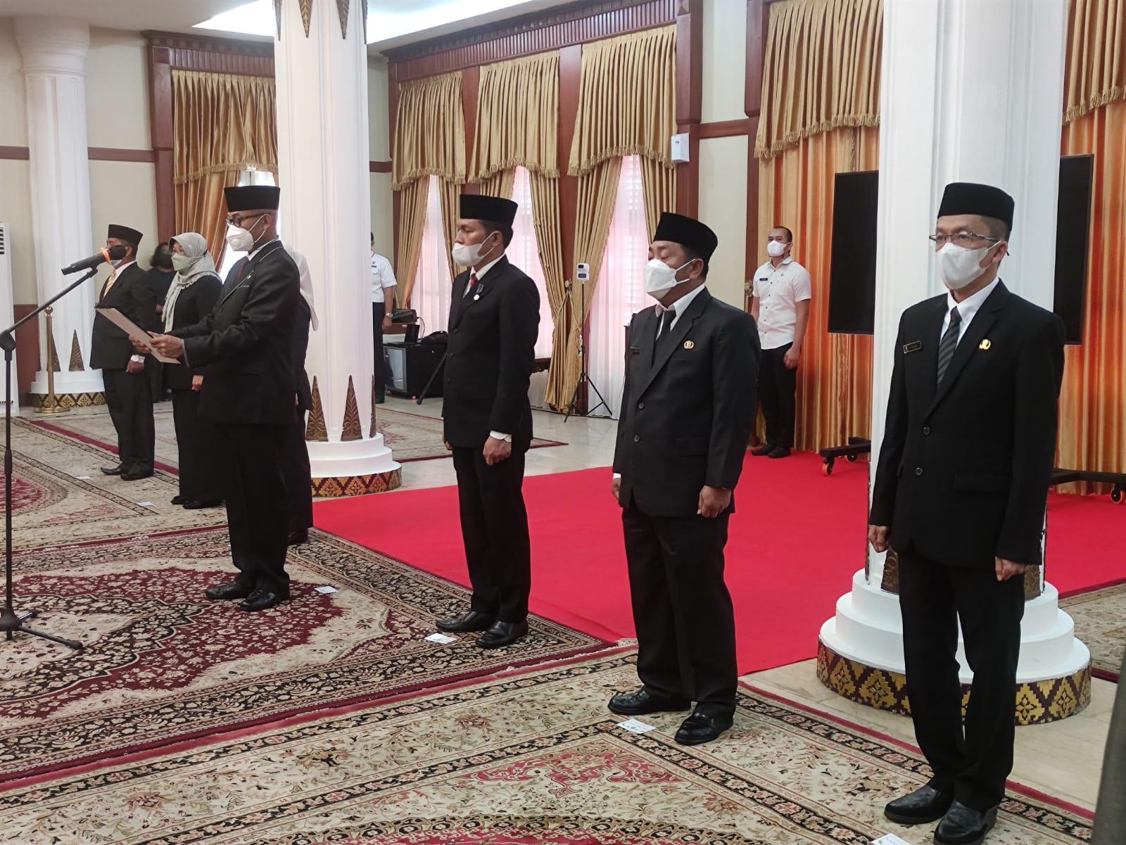 Enam Pejabat Dilantik Gubernur Kepri, Hasan Resmi Sandang Karo Humprohub