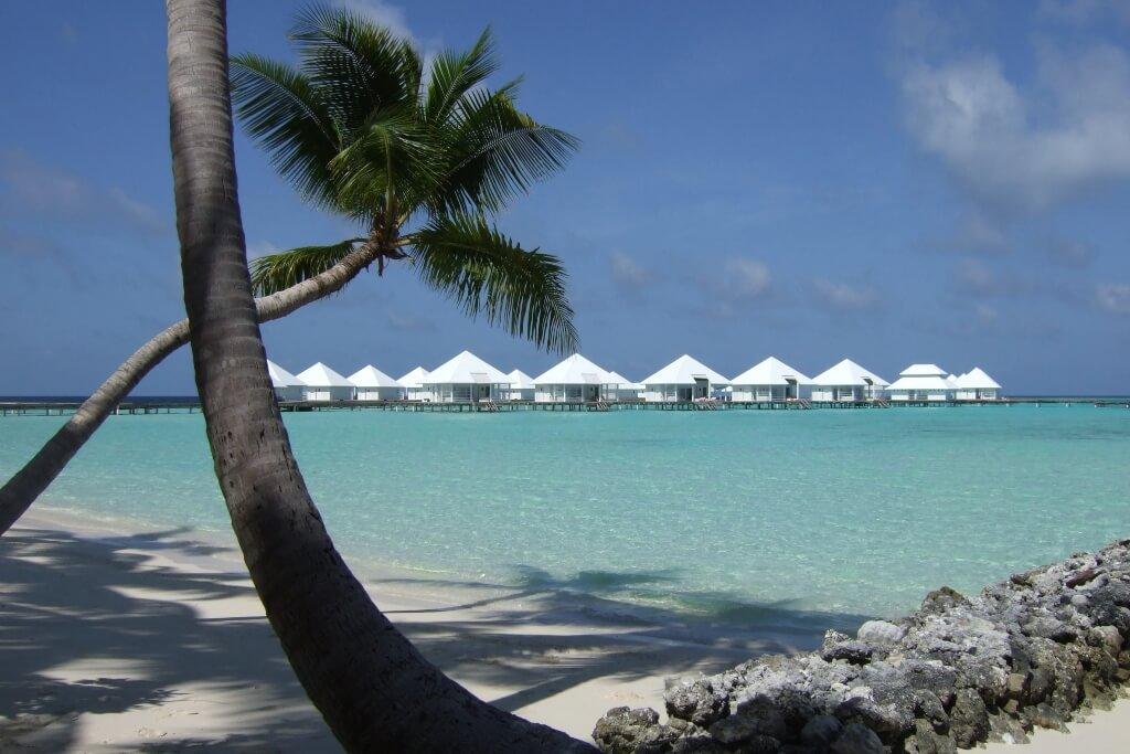 Athuruga Maldives Beach Island Resort Header