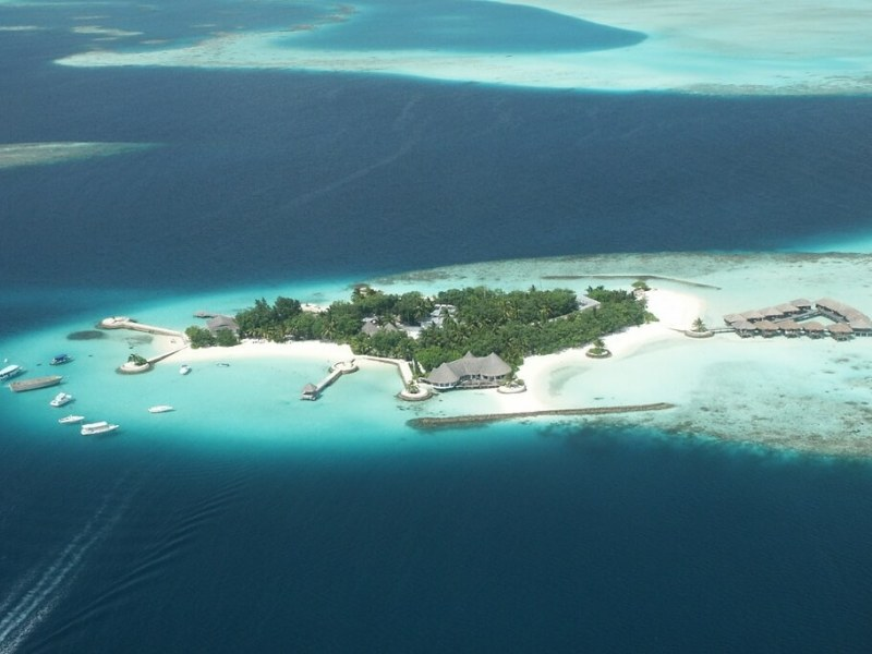 Bolifushi Island Resort Maldives Header