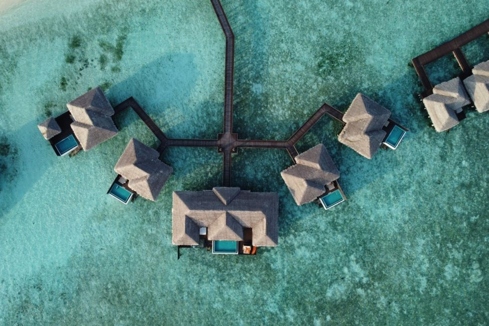 Days sufficient to visit Maldives while staying at water villas