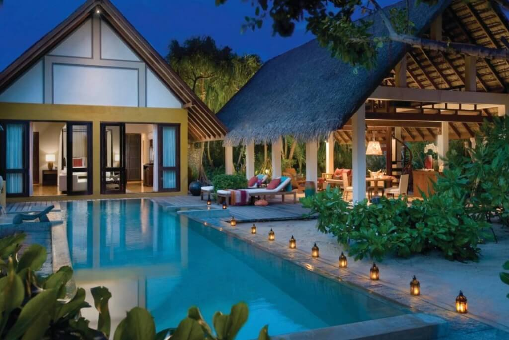 Four Seasons Resort Maldives, Landaa Giraavaru