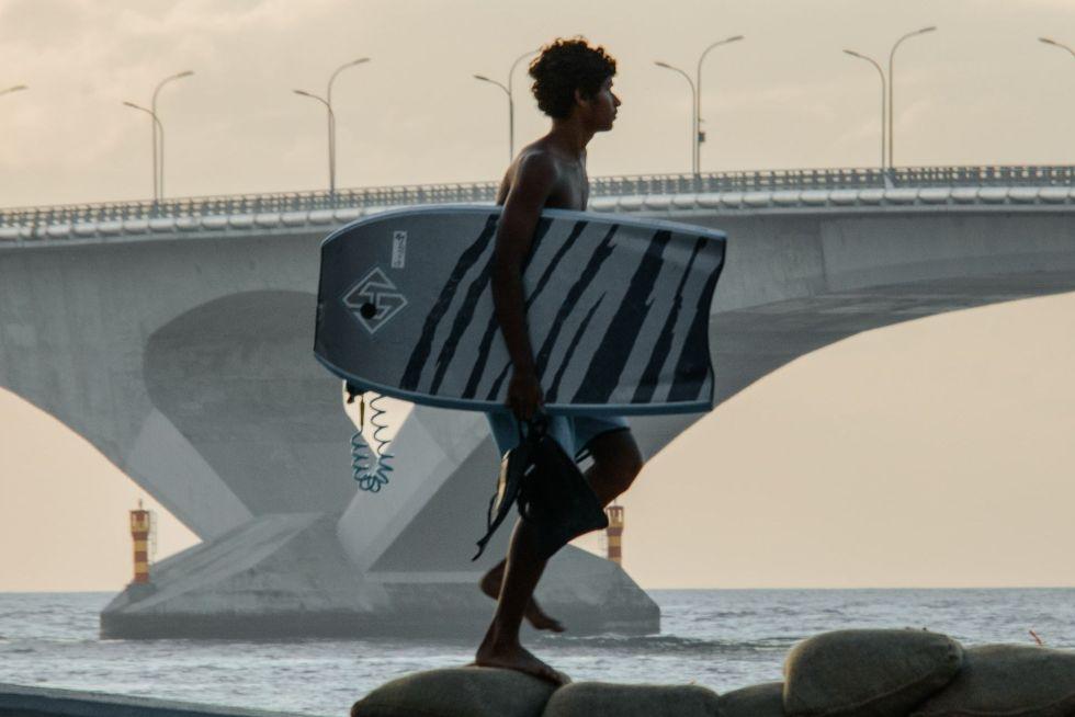Cross Sinamalé Bridge, Malé