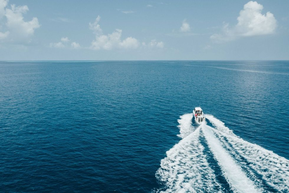 Water Sports Activities on your Honeymoon in Maldives