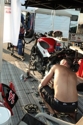 Herve is getting the bike ready for the rd 7