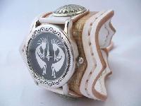 ホワイトサドルレザーのレザーウォッチ(腕時計)