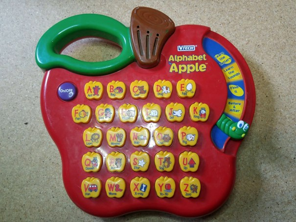 VTECH Alphabet Apple untouched